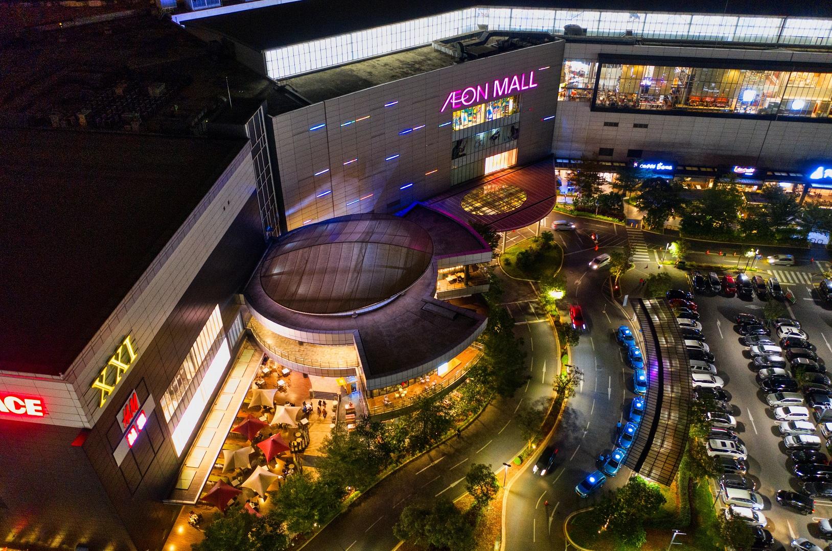 A la gente le encanta ir a los centros comerciales